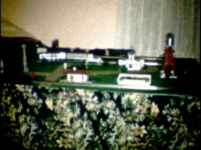 Mark DiVecchio's O-Gauge Train Layouts